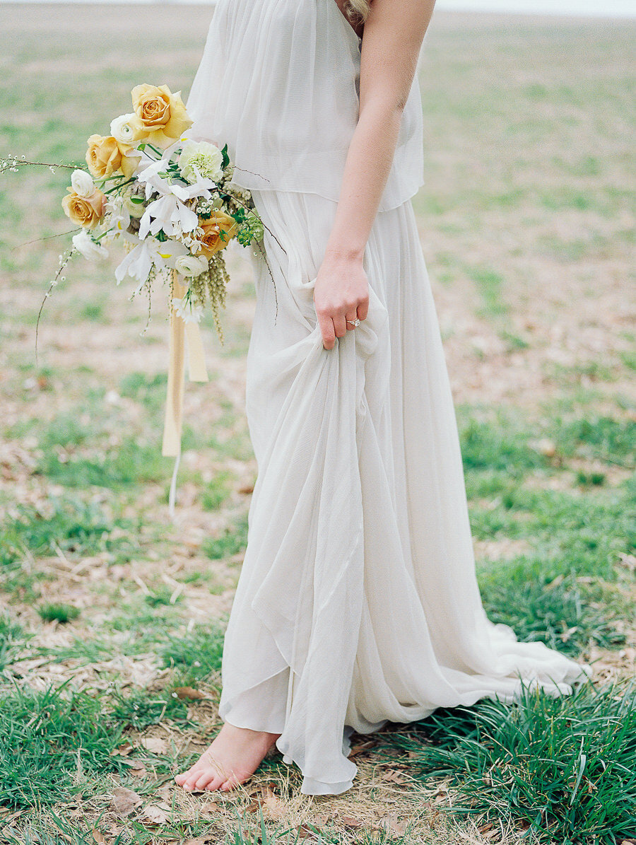 Graceful_Countryside_Fine_Art_Bridal_Maryland_Wedding_Megan_Harris_Photography-64