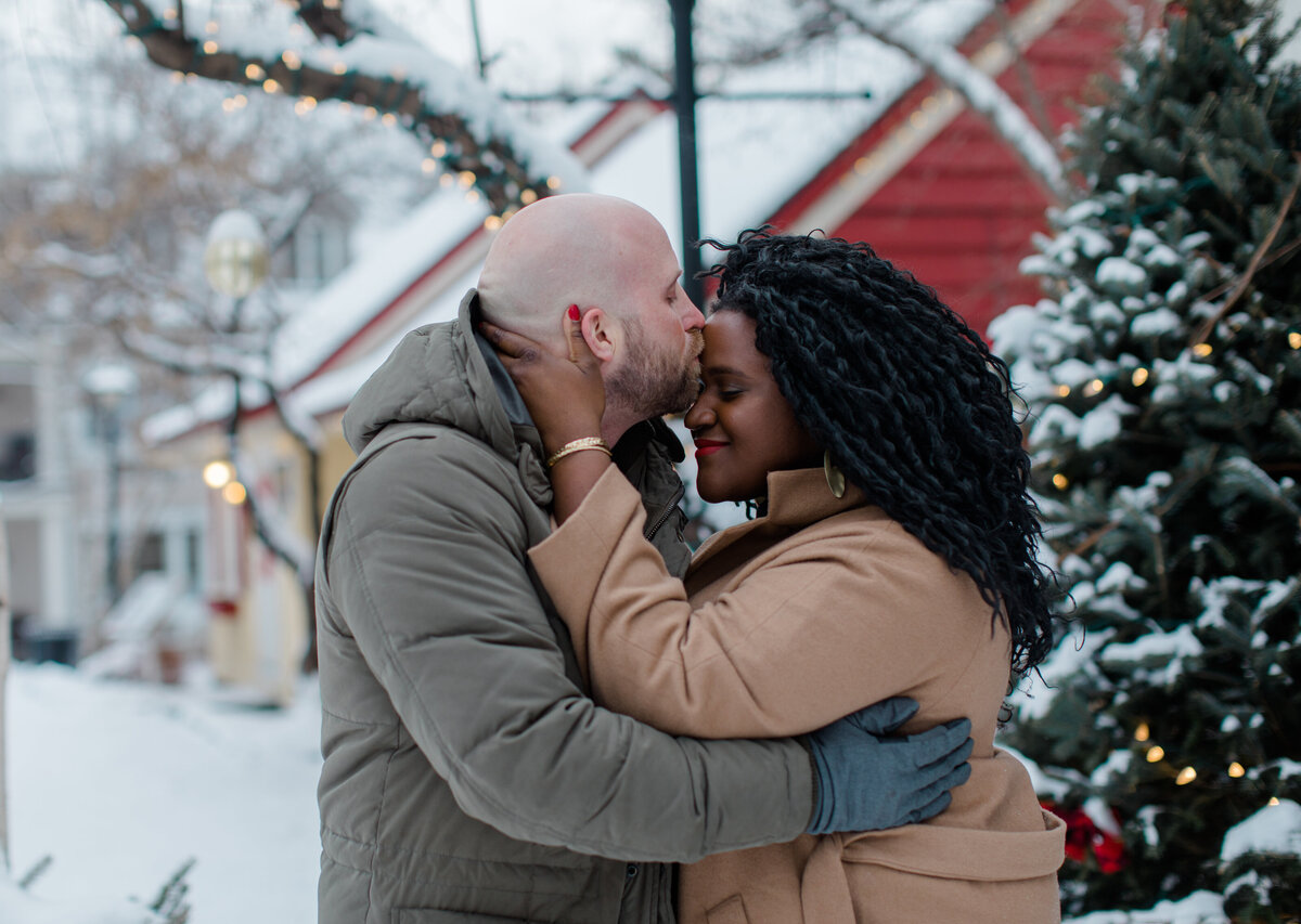 tremblant-winter-mountainside-engagement-session-grey-loft-studio-tremblant-village-202