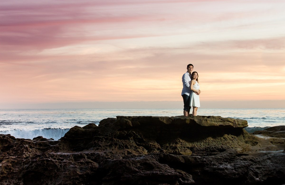 southern-california-photographer-laguna-beach-sunset-engagement-photo