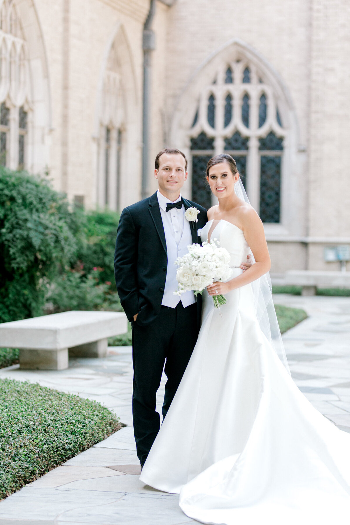 Wedding at the Crescent Court Hotel and Highland Park United Methodist Church in Dallas | Sami Kathryn Photography | DFW Wedding Photographer-127