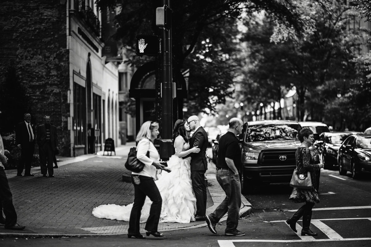 2_charlotte_nc_wedding_photographer_couples_039