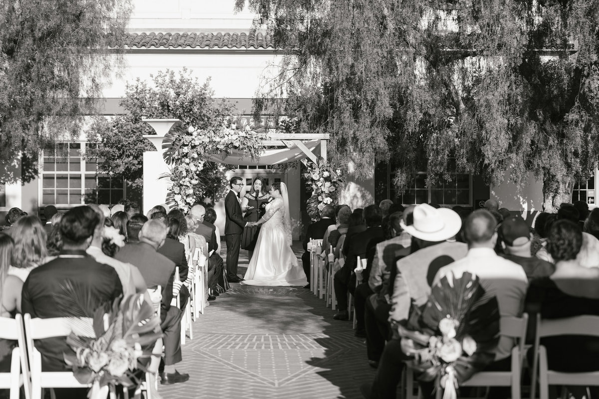glamorous-union-station-wedding-los-angeles-21