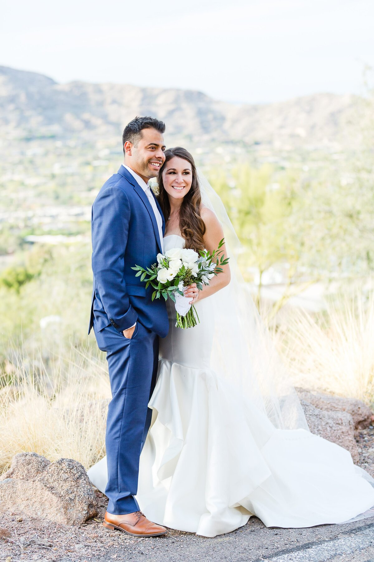 Sanctuary-on-Camelback-Wedding-by-Leslie-Ann-Photography-00019