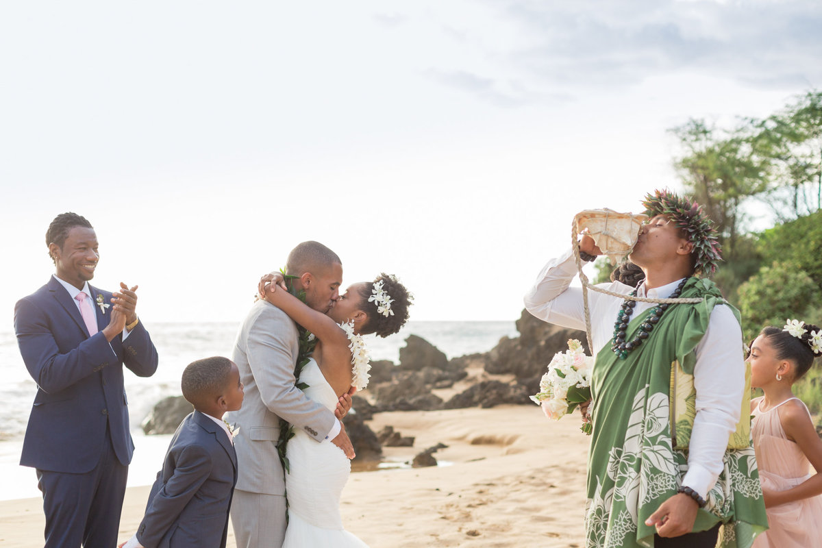 Simple Maui Wedding-44