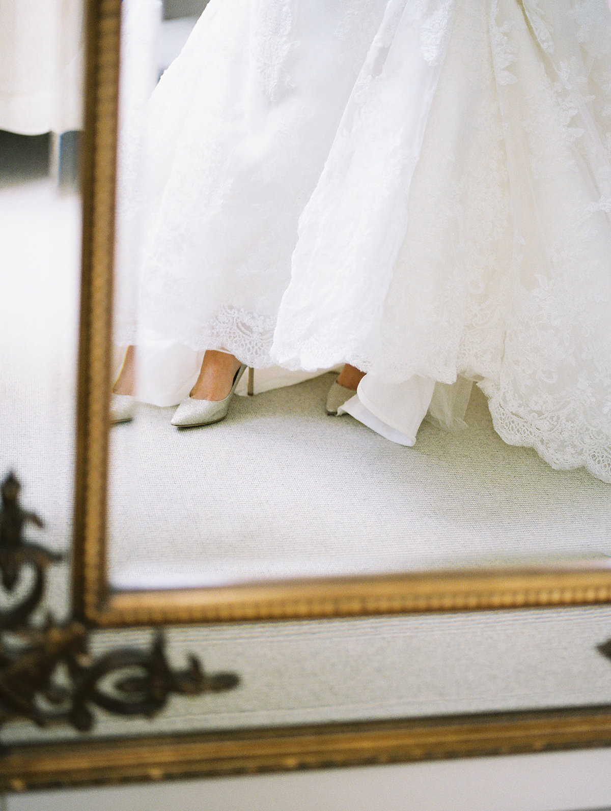 Sophie_and_Chris-Exeter_England_Wedding-Andrew_and_Ada_Photography-867-1