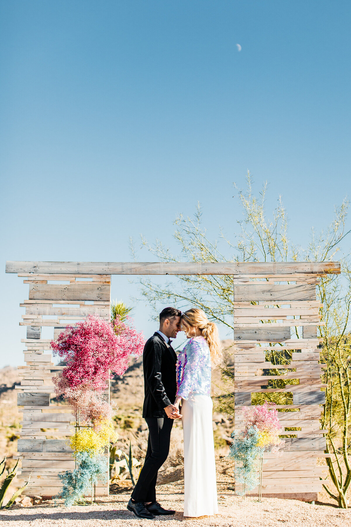 colorful-joshua-tree-elopement-inspiration-joshua-tree-wedding-photographer-palm-springs-wedding-photographer-erin-marton-photography-14