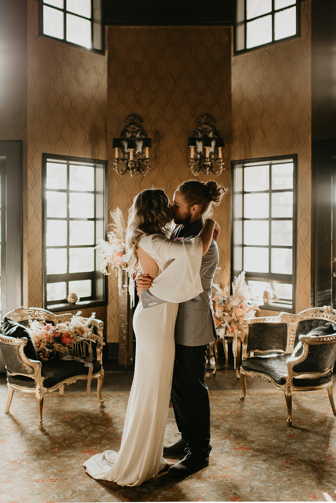 Britty + Beau - Elopement - The Ruins_ Seattle_ WA - Kamra Fuller Photography - Runaway With Me Elopement Collective-116