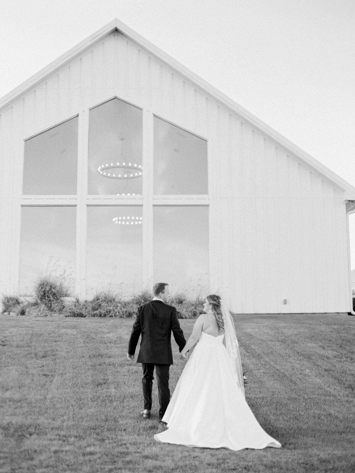 the-farmhouse-wedding-houston-texas-wedding-photographer-mackenzie-reiter-photography-88
