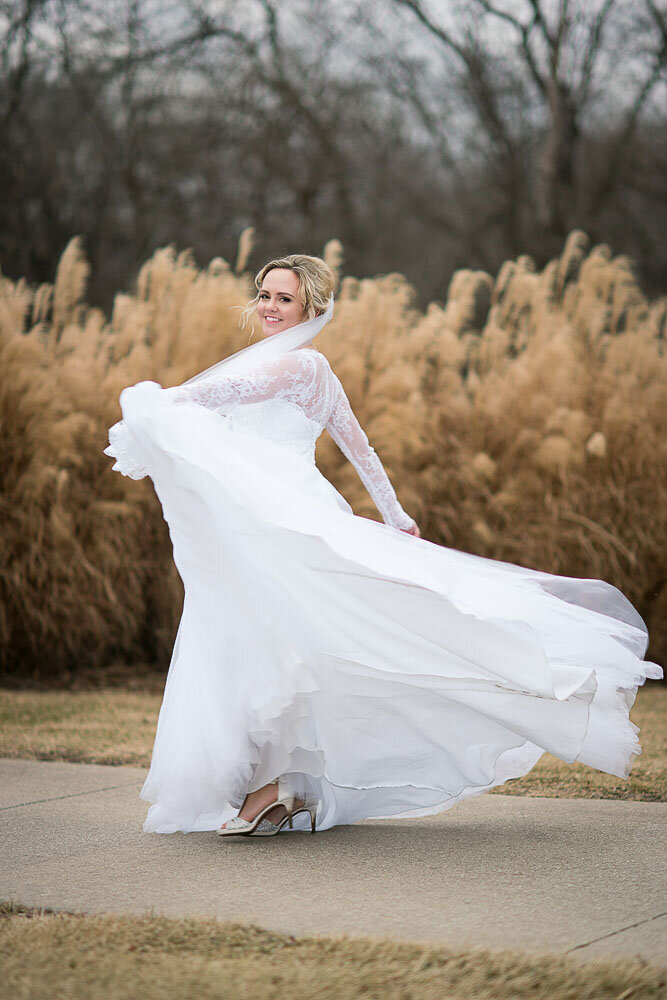 St-Andrews-Golf-Course-Wedding-Photos-Overland-Park-KS-Wedding-Photographer-Emily-Lynn-Photography_0019