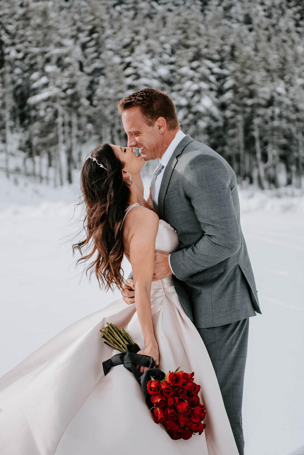mt-bachelor-snow-winter-elopement-bend-oregon-wedding-photographer-2122