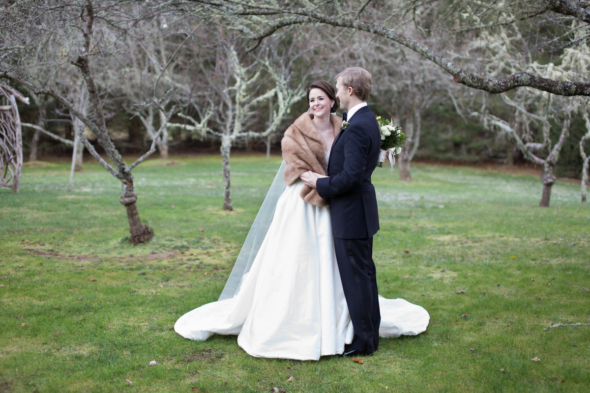 0040_Old-Edwards-Inn-Highlands-NC-Winter-Wedding