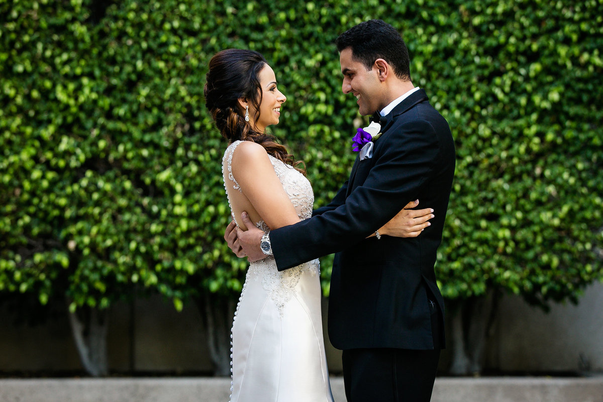 050-hotel-irvine-wedding-photos-sugandha-farzan