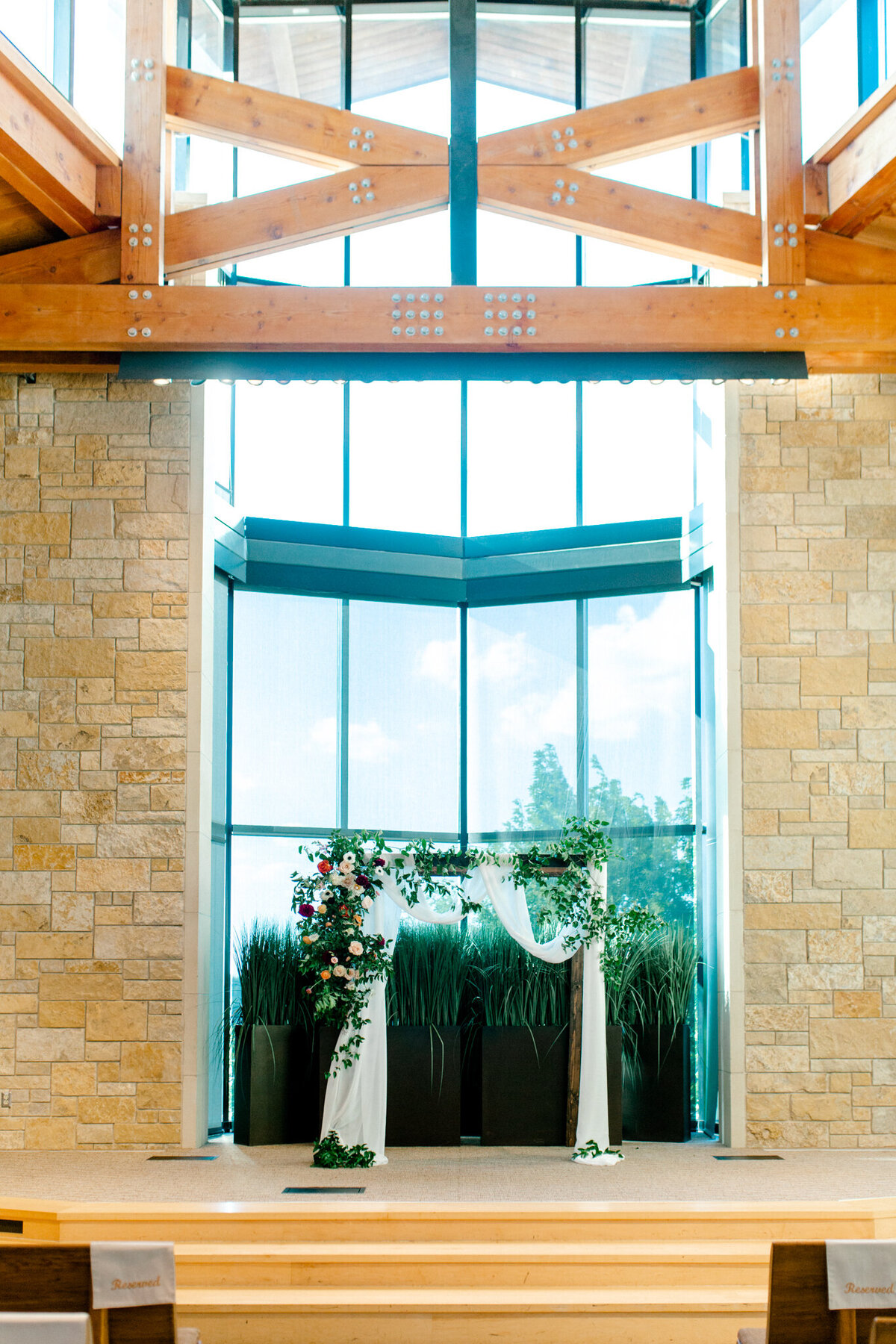 Kaylee & Michael's Wedding at Watermark Community Church | Dallas Wedding Photographer | Sami Kathryn Photography-102