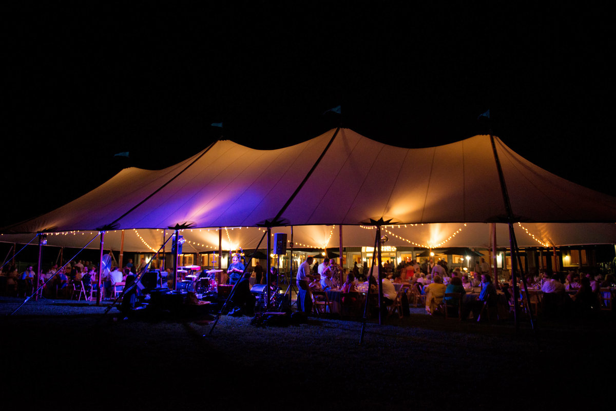 Night photo of the tent at Duckwalk Vineyards