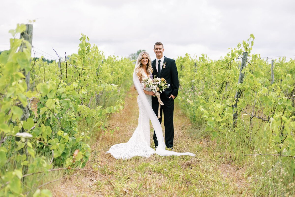 TC Old Mission Pennisula Wedding Vineyard Wedding-min