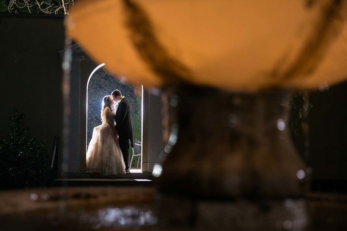 Creative night wedding photo form The Mansion at Oyster Bay