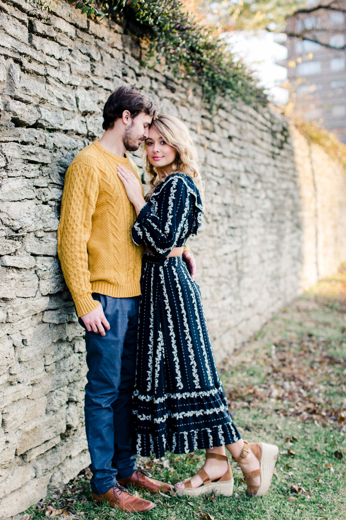 Nina_Ben_Cincinnati_Engagement_Photographer_2019-104