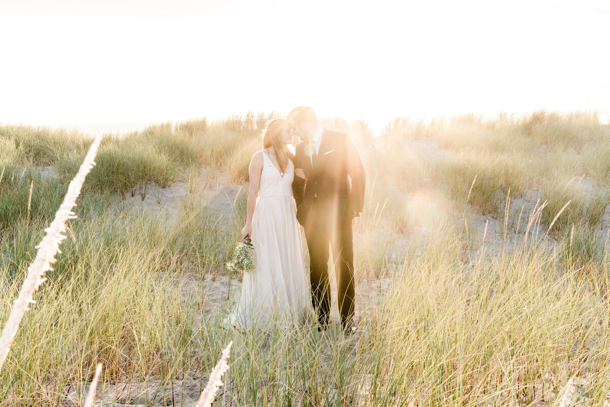 Cannon-Beach-Elopement-Photographer-48
