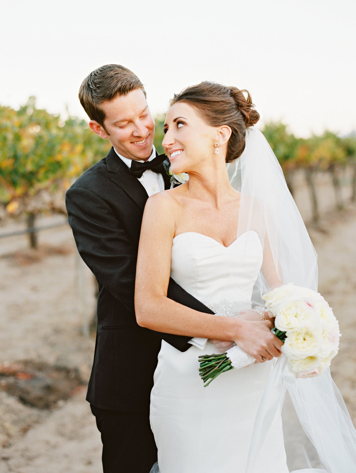 marisaholmes_vineyard_wedding_046