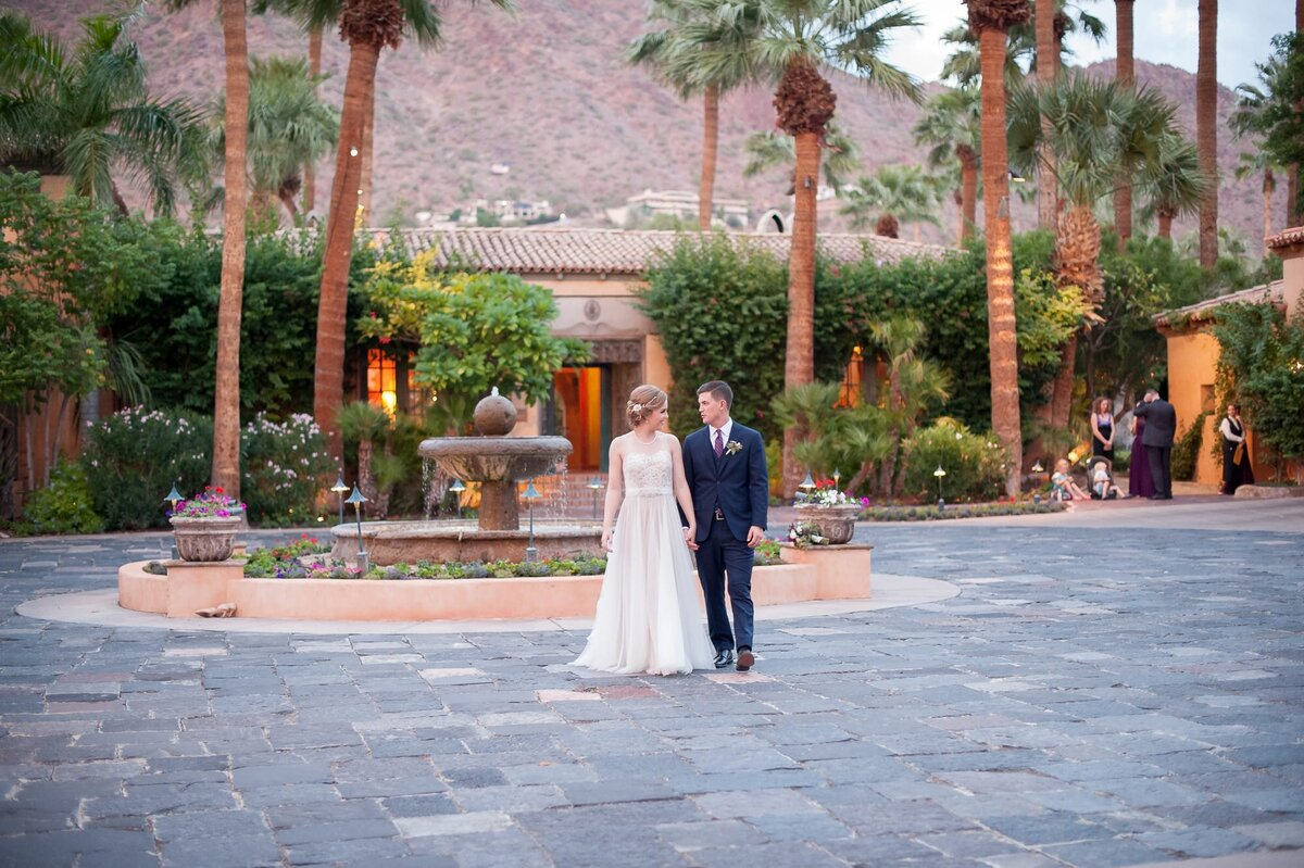 Royal-Palms-Wedding-by-Leslie-Ann-Photography-00076