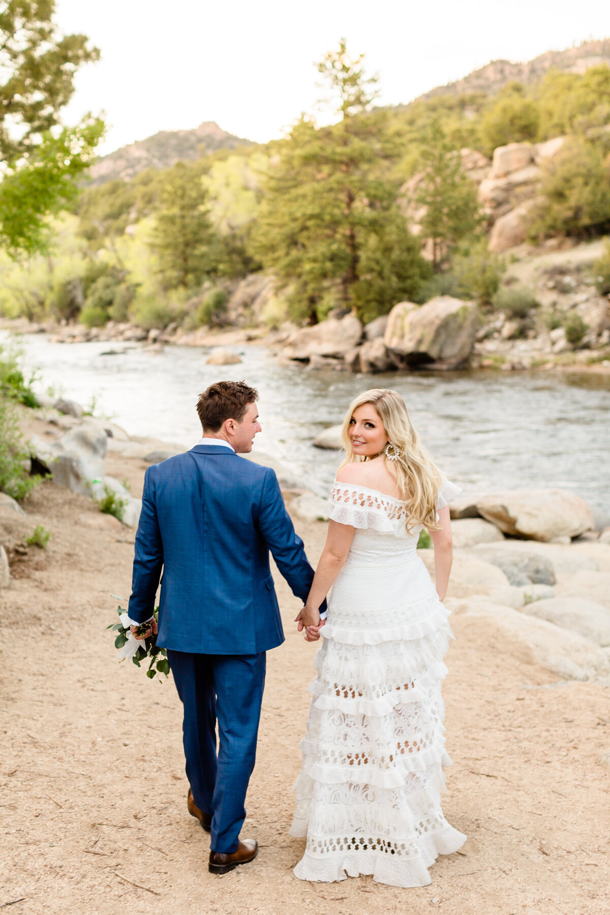lindsey-taylor-photography-surf-hotel-buena-vista-colorado-destination-wedding-photographer51