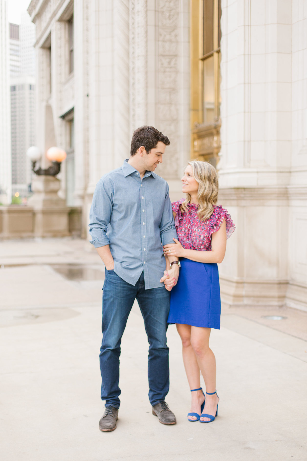 chicago-engagement-photography-wrigley-building-14