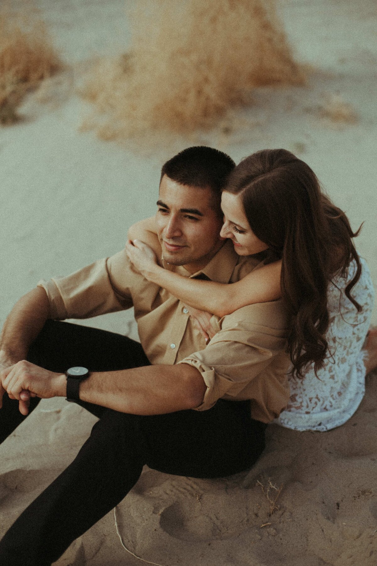 California-elopement Photographer-sand-dunes-engagement-10