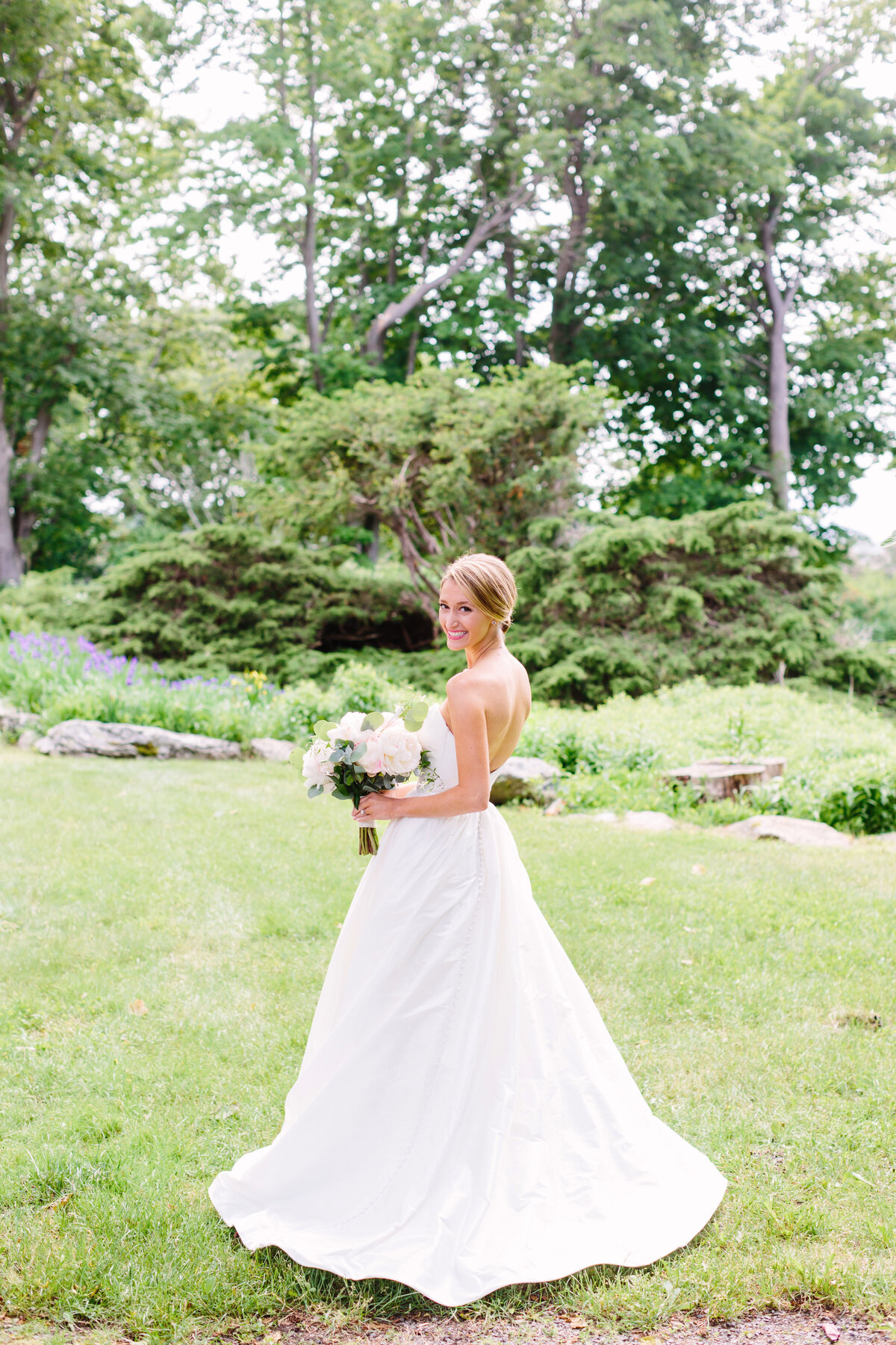 Rachel Buckley Weddings Photography Maine Wedding Lifestyle Studio Joyful Timeless Imagery Natural Portraits Destination15