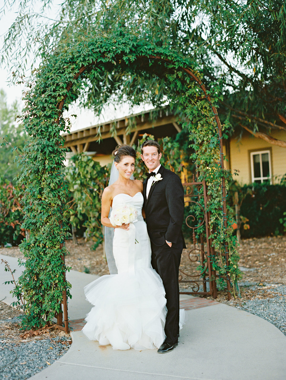 marisaholmes_vineyard_wedding_045