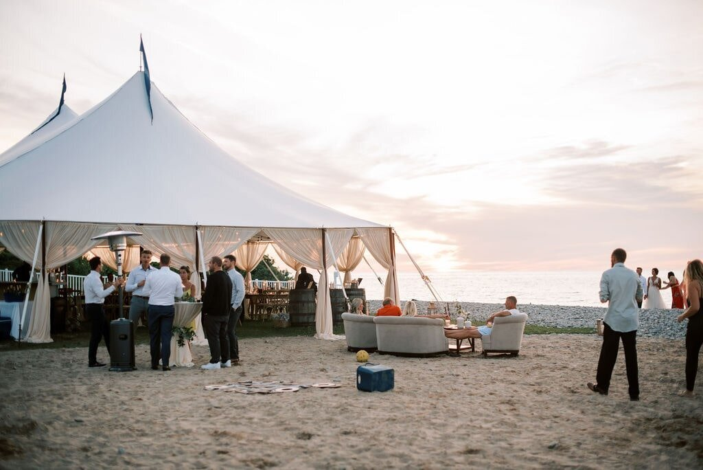 Bay Harbor Beach Wedding with The Day's Design Florists-min
