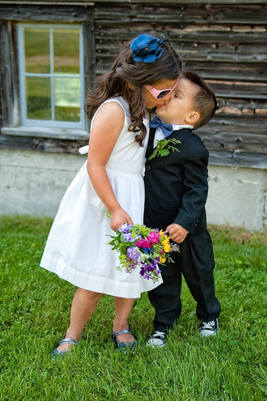 Offbeat Vermont wedding photographer