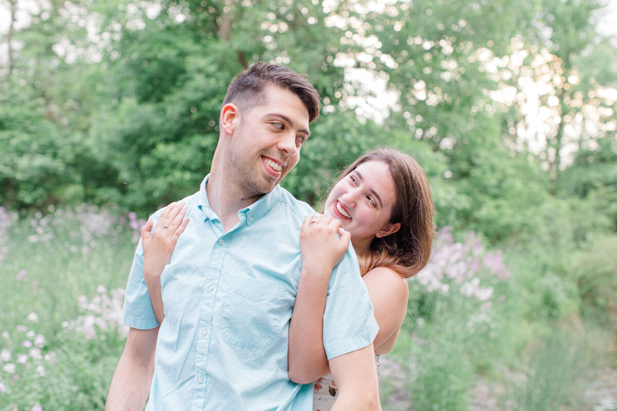 spring-engagement-photos-grey-loft-studio-2020-13