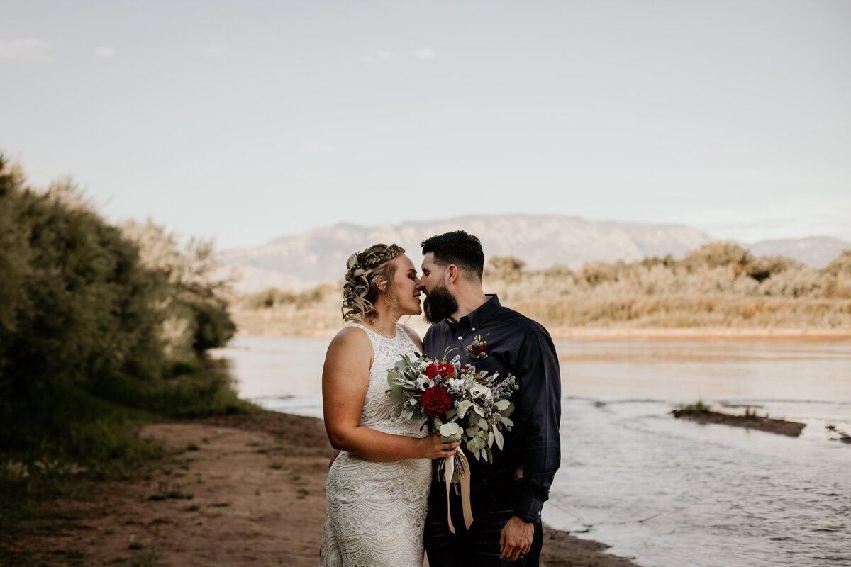 4th-of-july-river-elopement-new-mexico-26