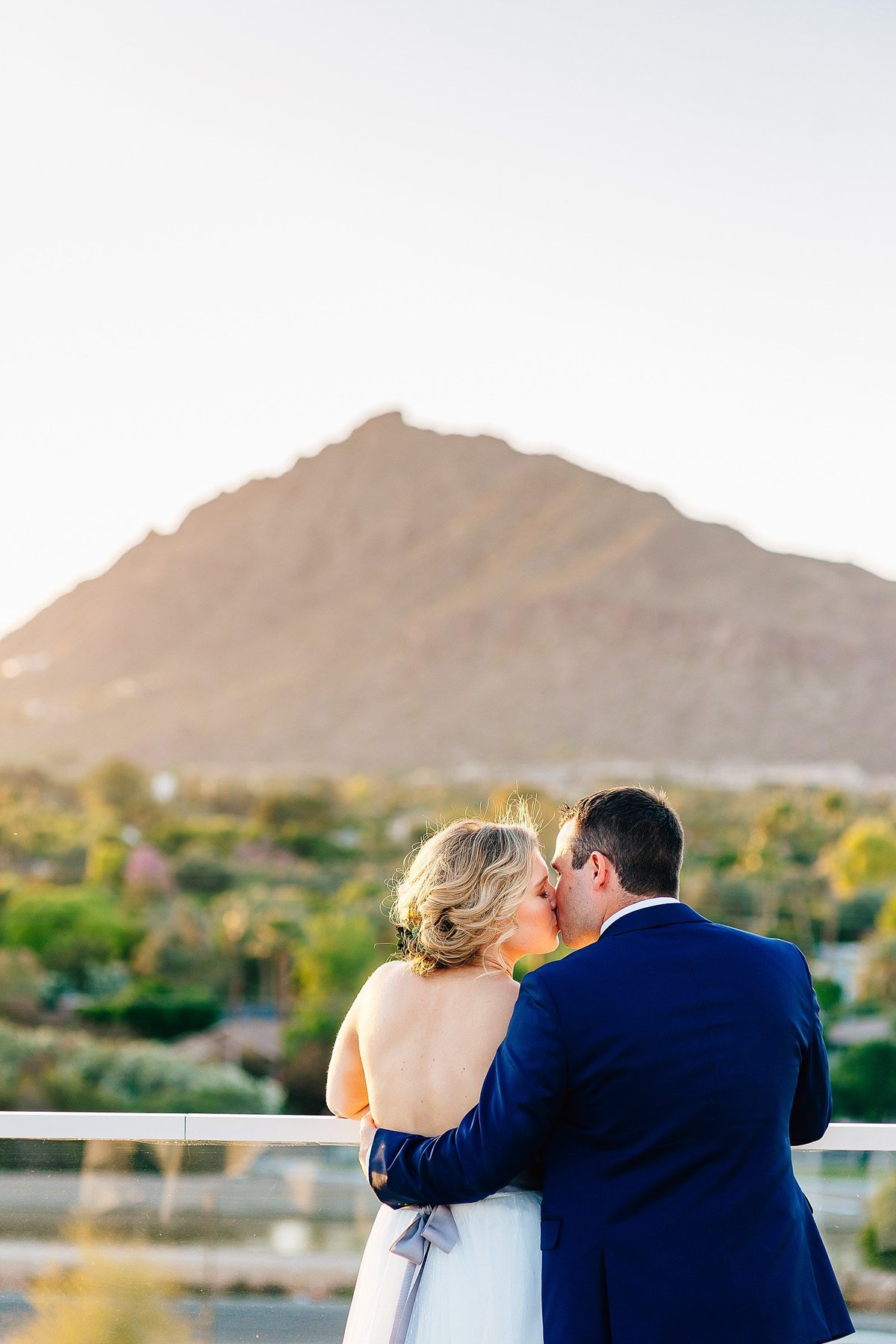 Liz + Mike - Hotel Valley Ho Wedding - Lunabear Studios - Bright and Airy Wedding Photography_0151