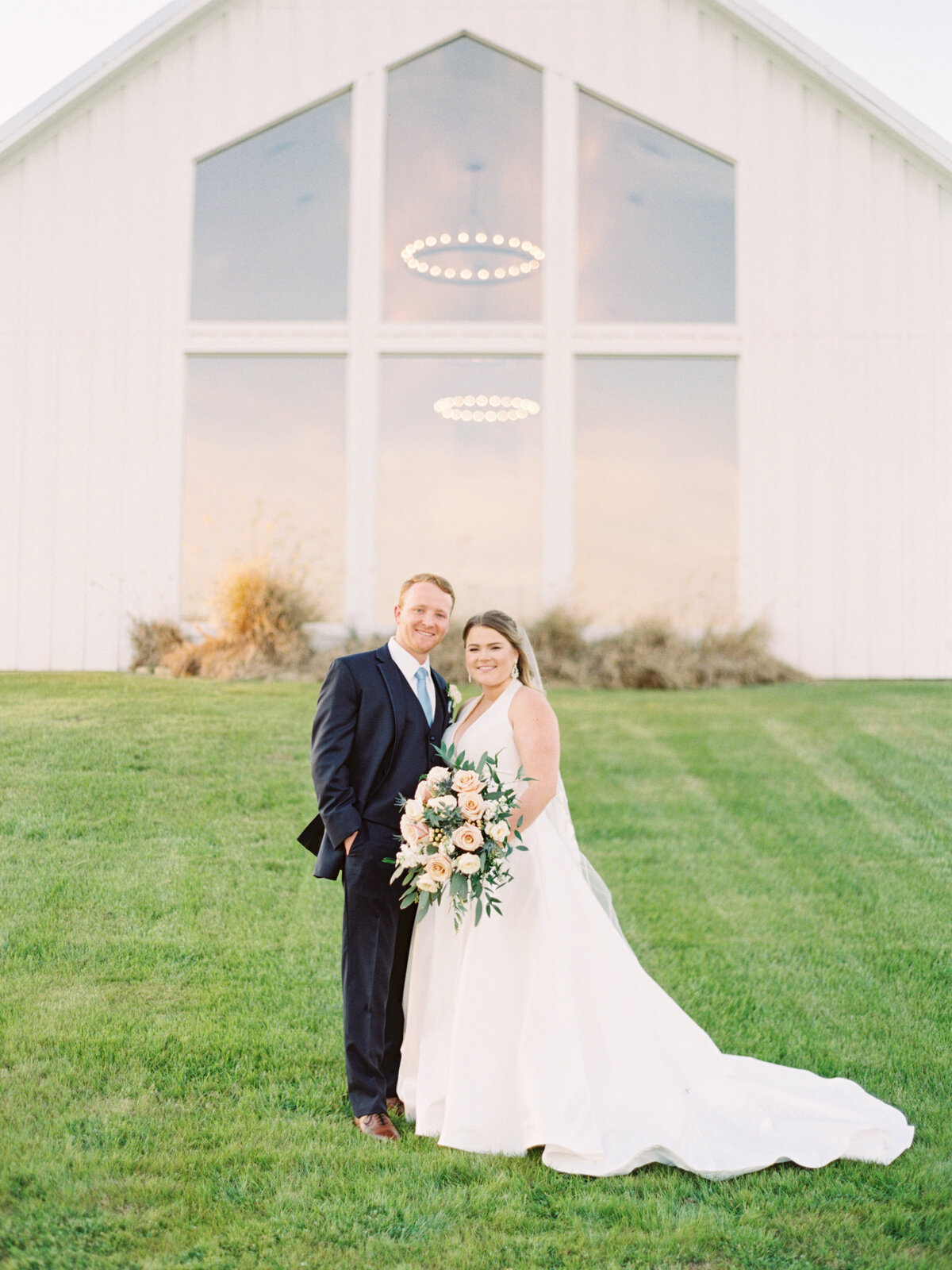 the-farmhouse-wedding-houston-texas-wedding-photographer-mackenzie-reiter-photography-70