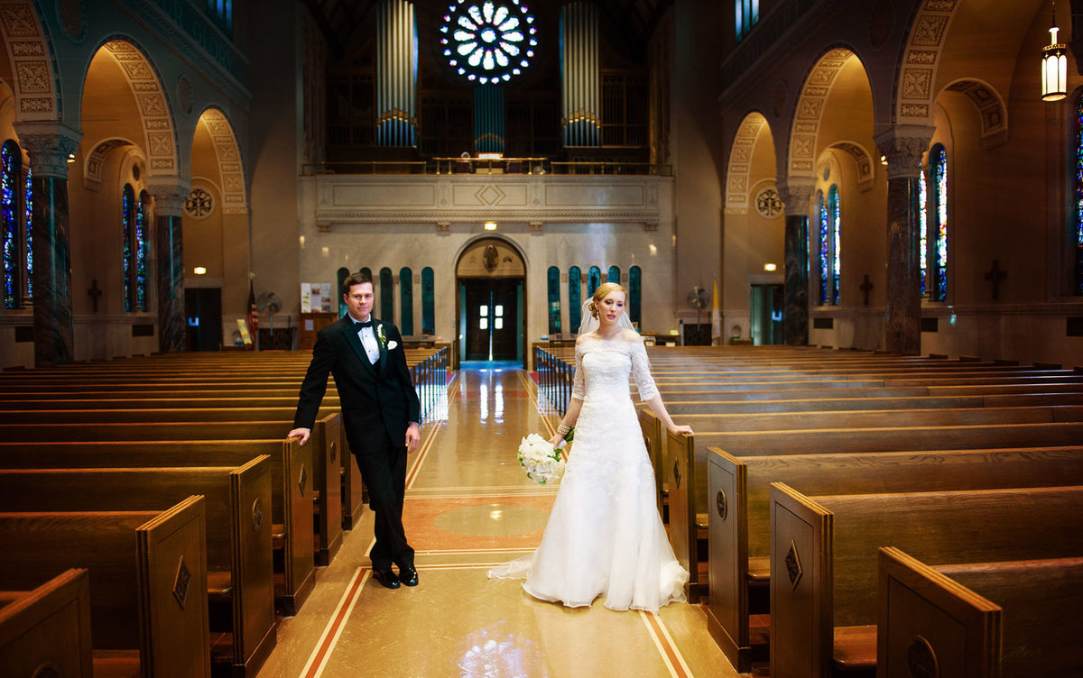 bride_groom_church_st_roberts