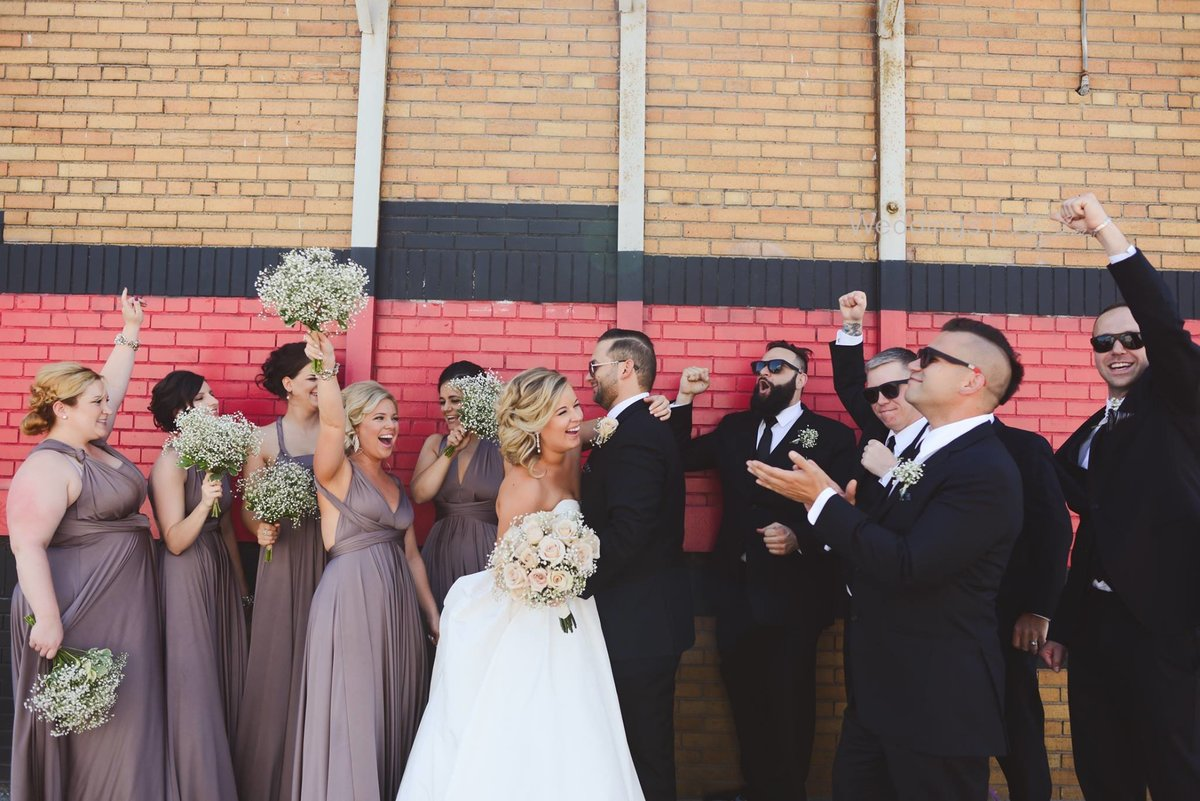 eastern-market-wedding-party-pictctures-detroit-wedding-photographer-girl-with-the-tattoos-michigan-wedding-photographer