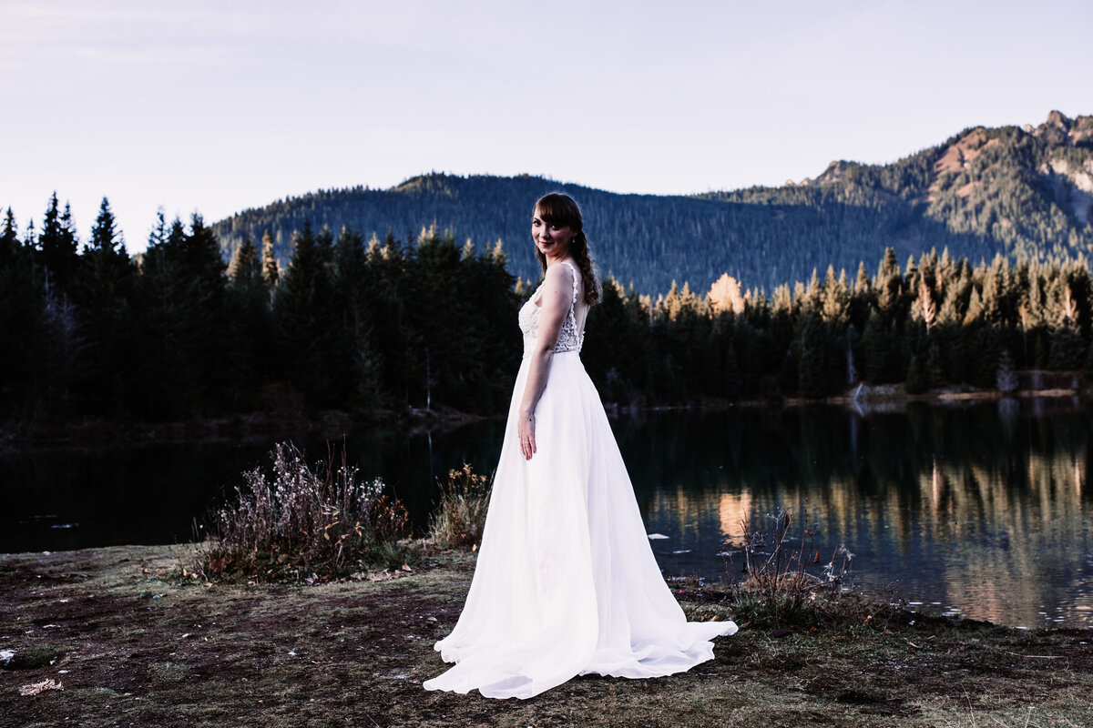 Oregon_elopement_Gold_Creek_pond_Adventure_wedding_photography (94 of 793)