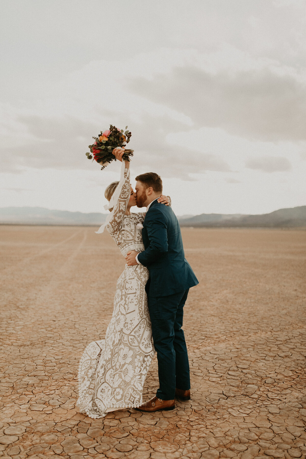 Las-Vegas-Elopement-Dry-Lake-Bed-346