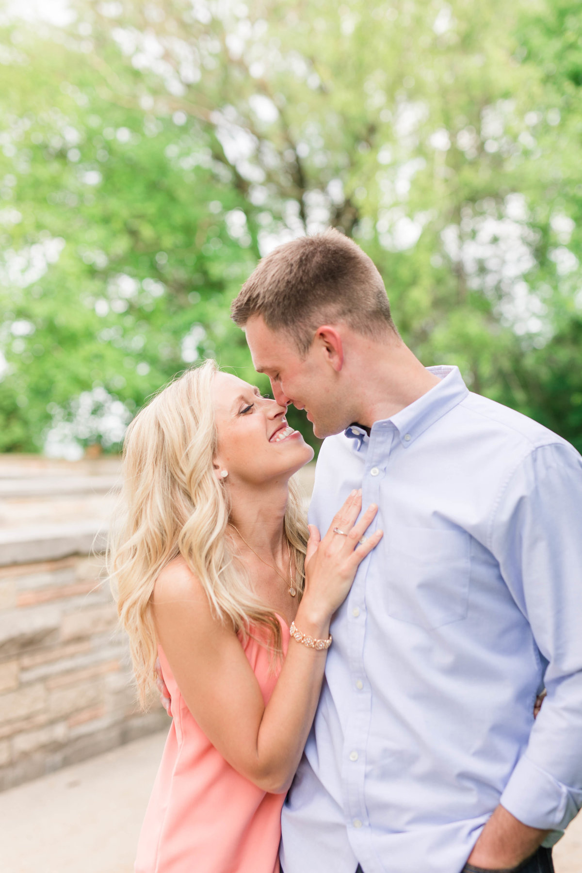 milwaukee-lakefront-summer-engagement-katie-schubert-wisconsin-wedding-photographer-1