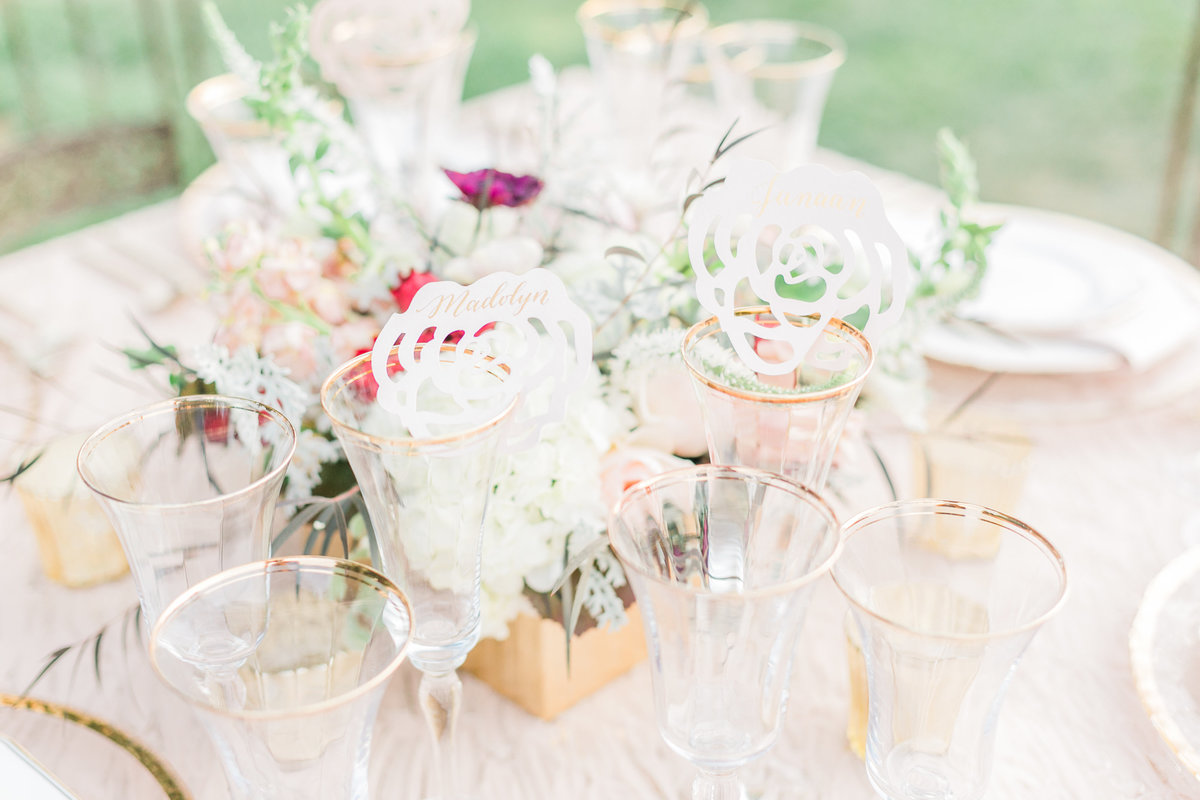 Blush Gold Wedding Table Setting