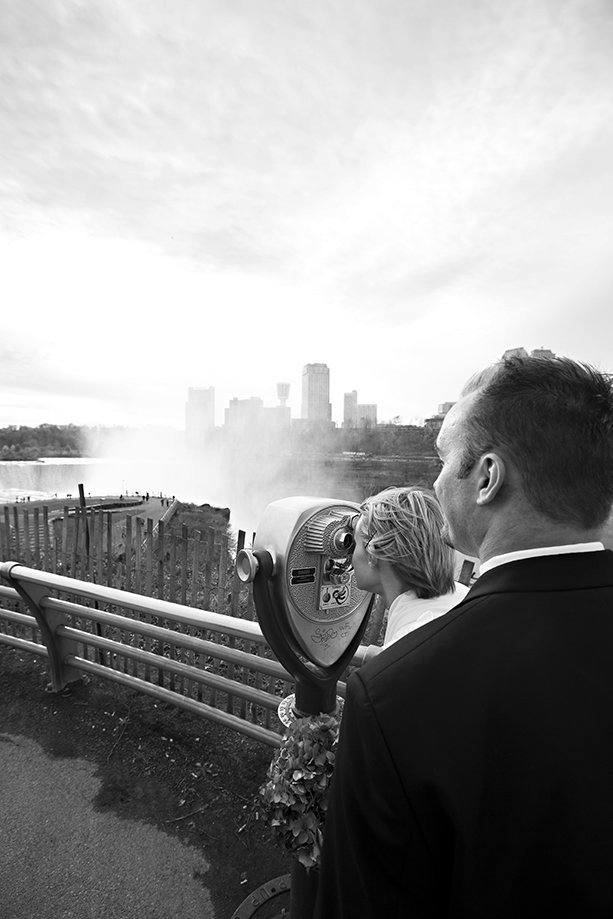 Empire West Photo is a professional wedding photographer in Niagara Falls  NY