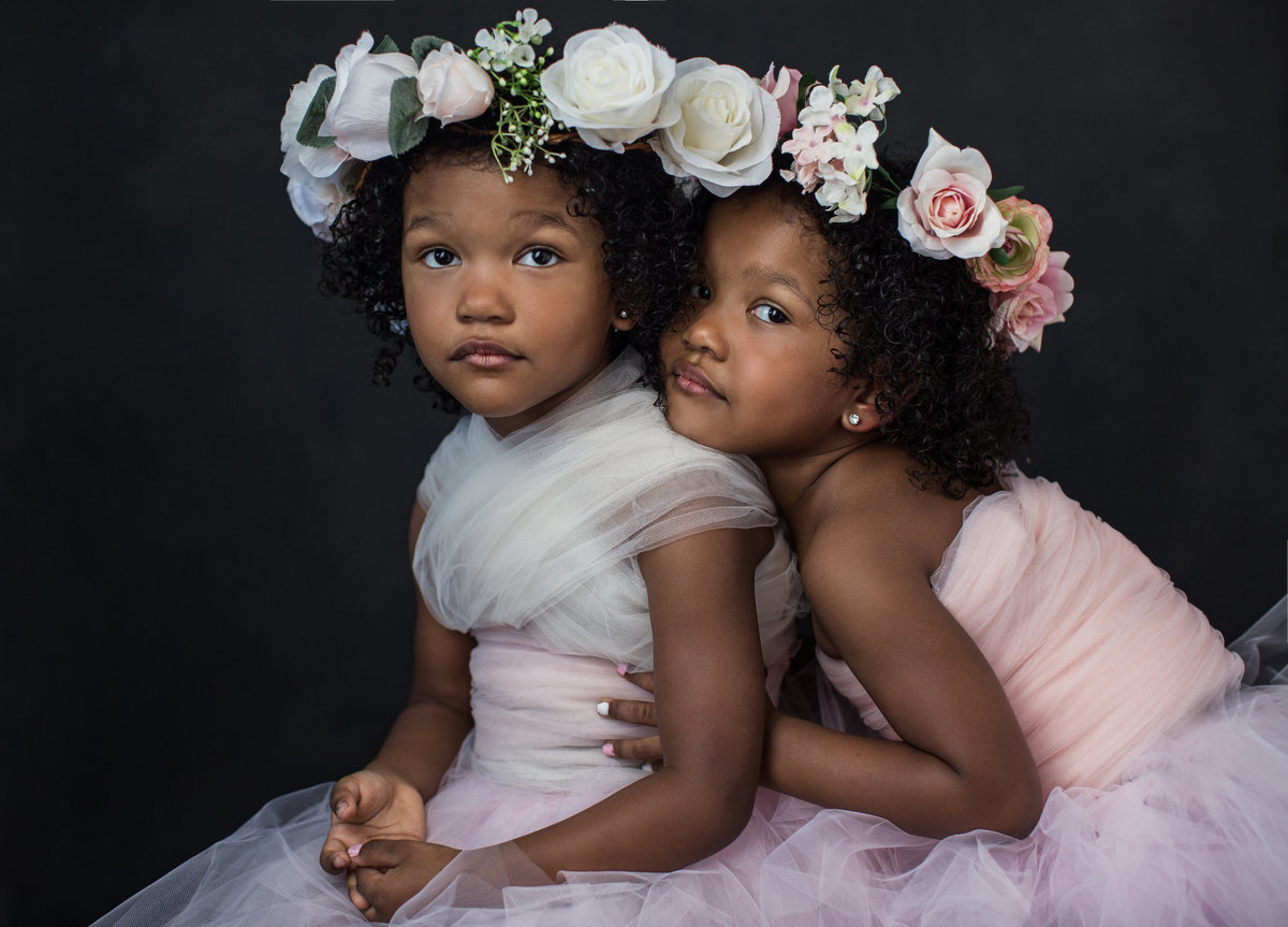 Beauty-portraits-twins-triplets-family-Cincinnati-Ohio-Janel-Lee-Photography-