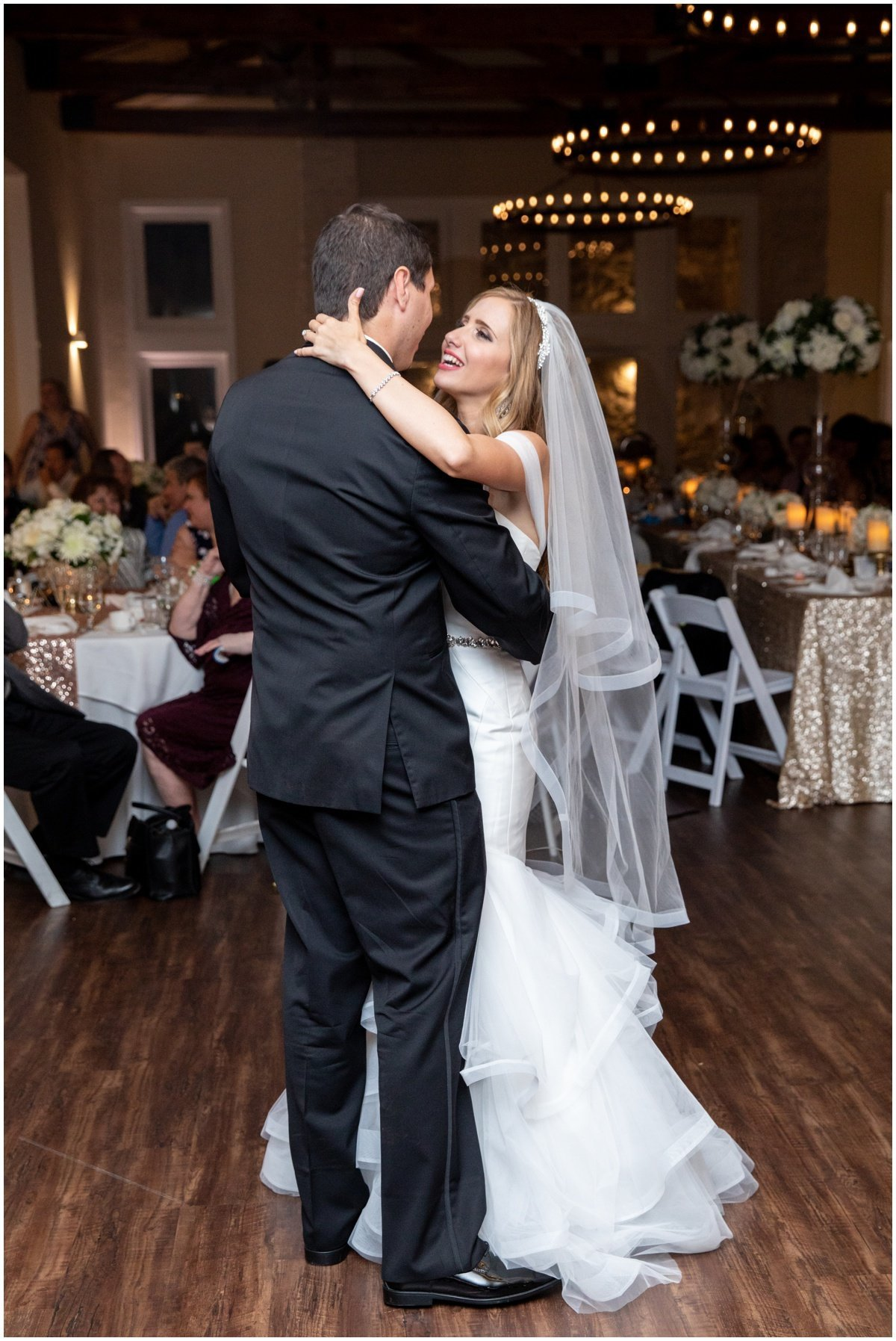 austin wedding photographer vintage villas first dance 4209 Eck Ln, Austin, TX 78734