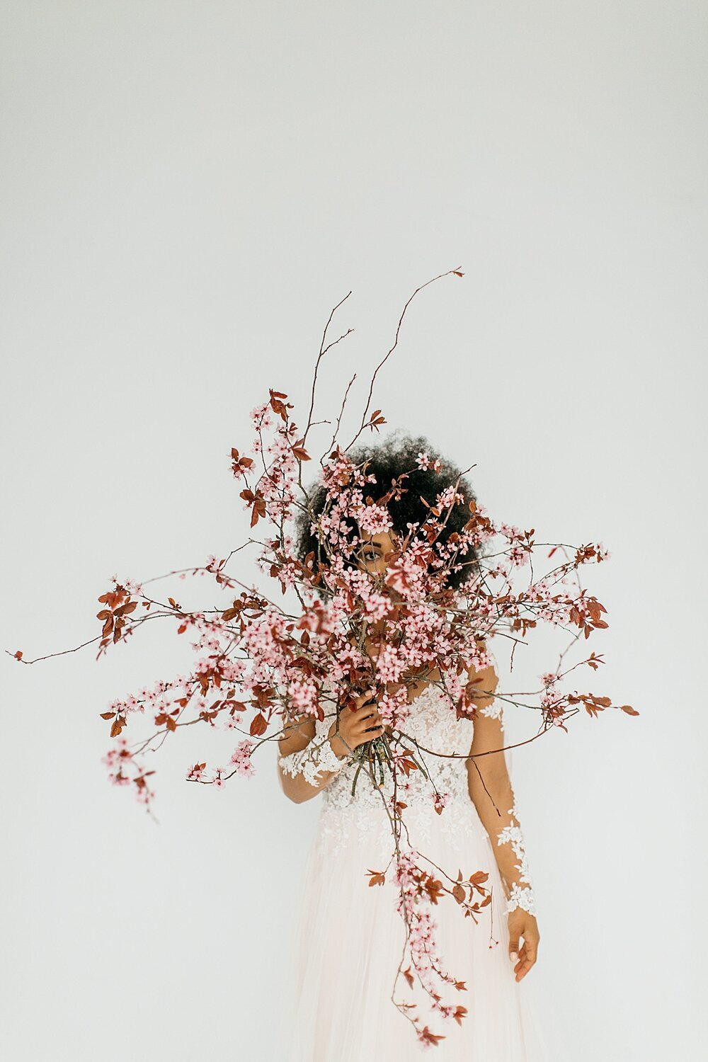 leigh-and-mitchell-spring-bridal-shoot-flowering-cherry-branches-bouquet
