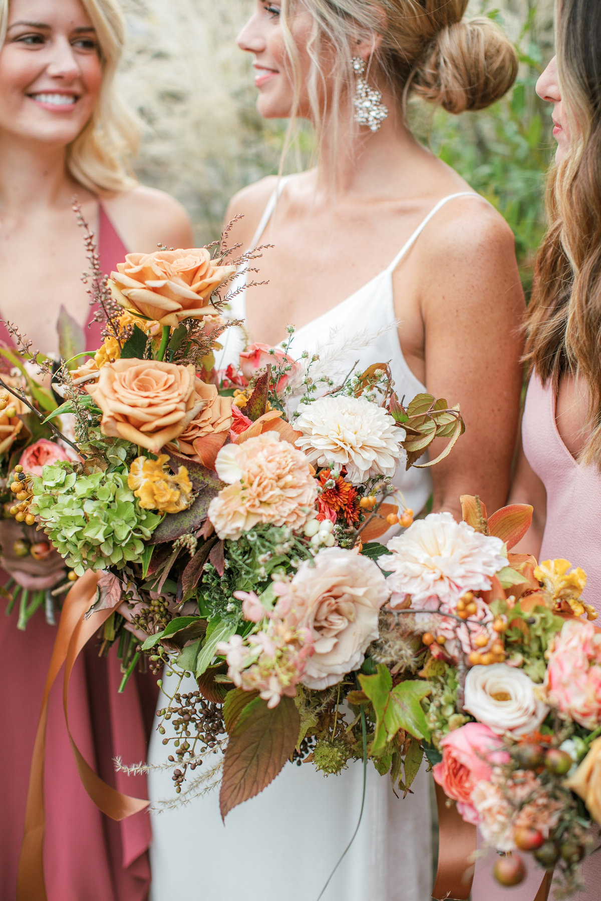 Magdalena Studios Bohemian Stylish and Chic Fall Wedding at Terrain Anthropologie_24