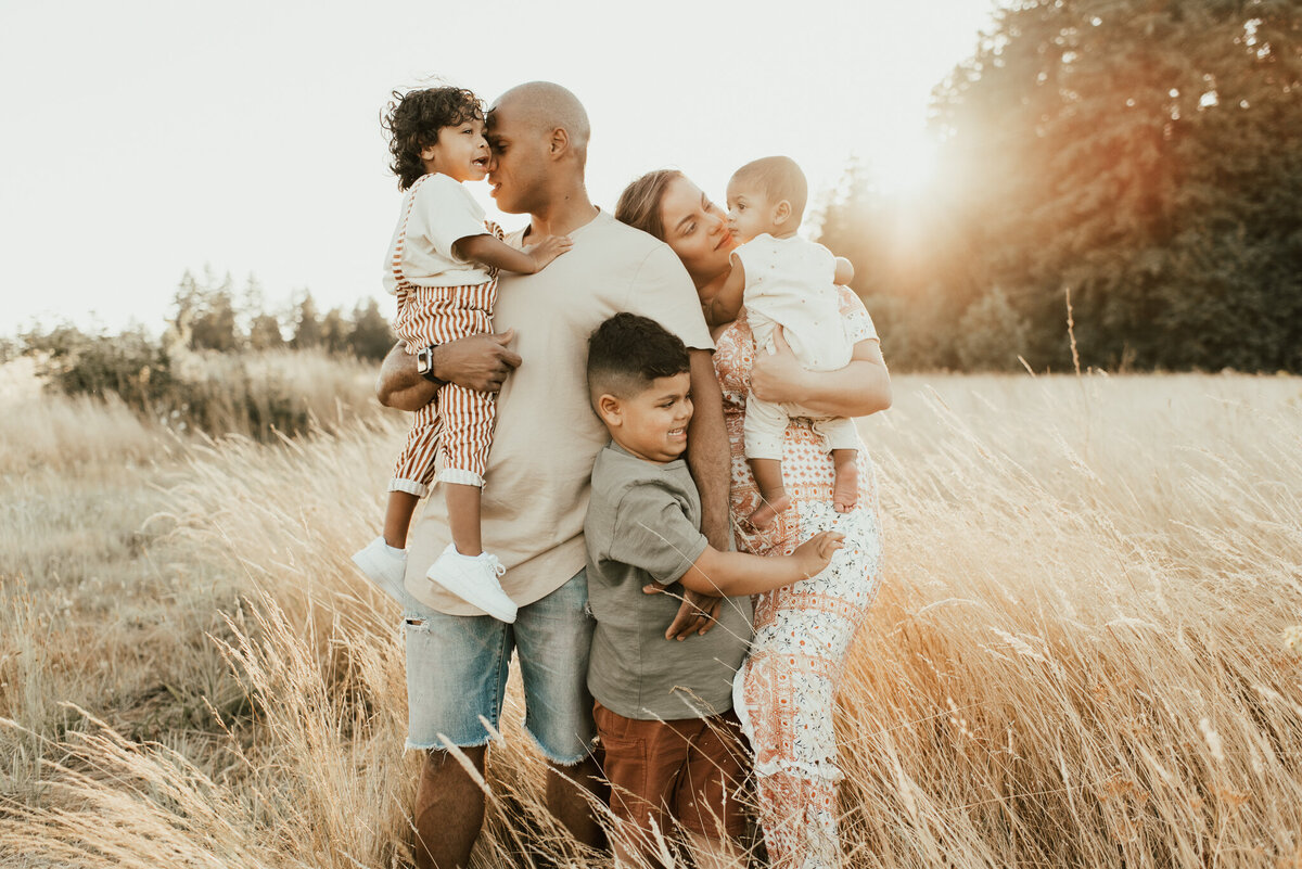 family portrait session in golden hour