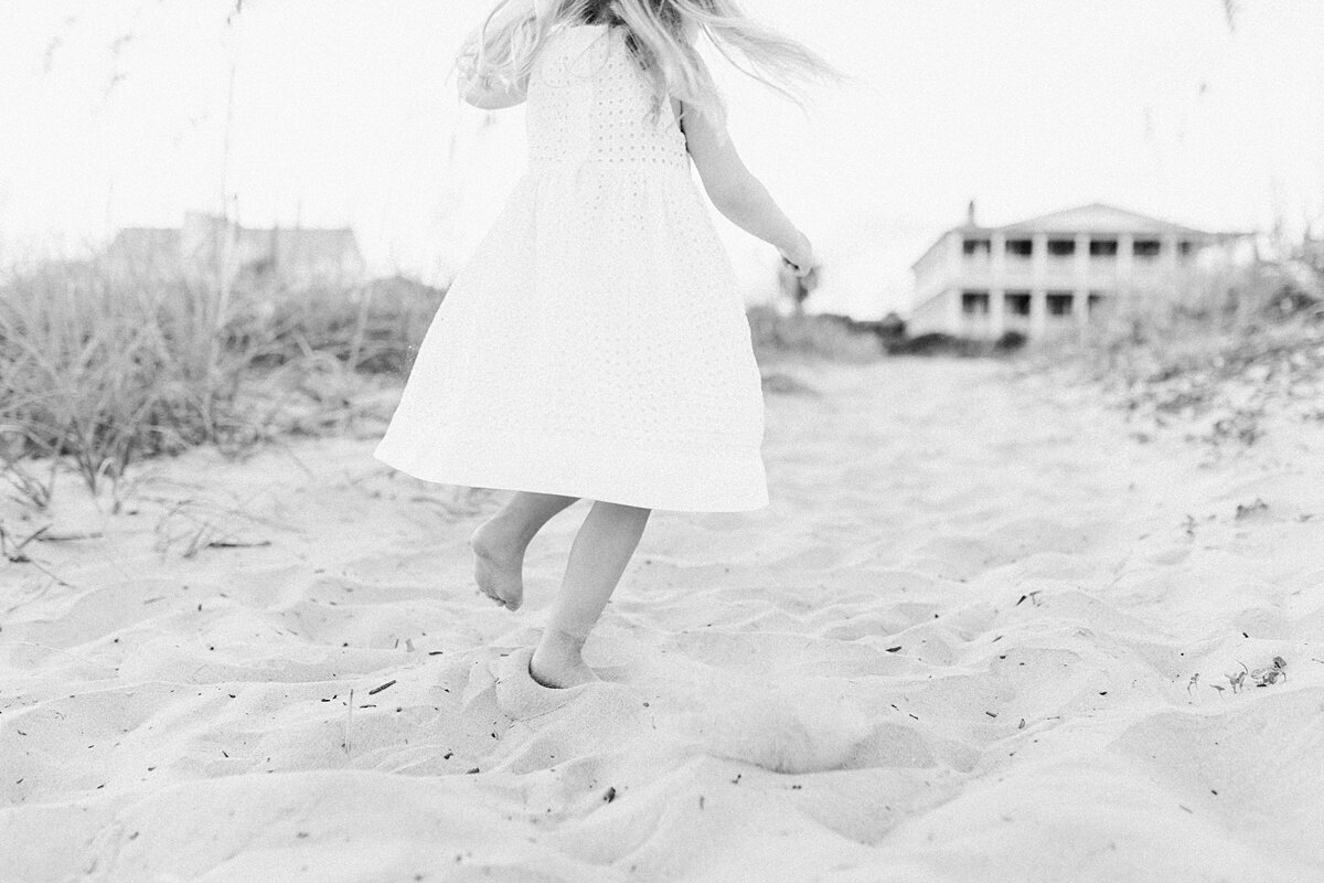 Charleston-Maternity-Photographer-Beach-Session_0020