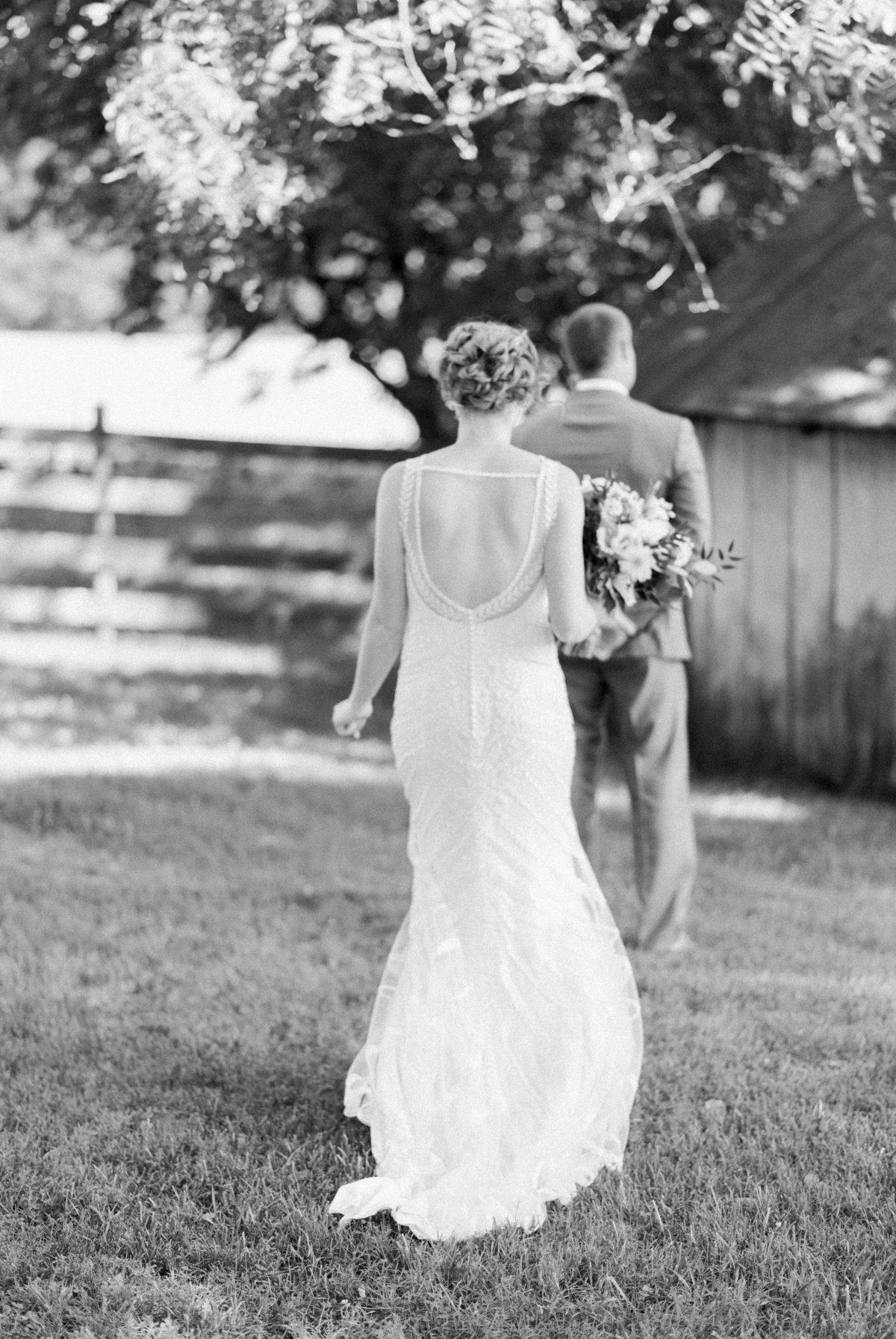 SorellaFarms_VirginiaWeddingPhotographer_BarnWedding_Lynchburgweddingphotographer_DanielleTyler+28(1)