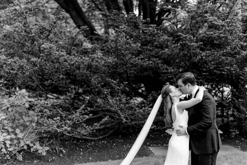castle-hill-inn-newport-rhode-island-wedding-photographer-photo-29